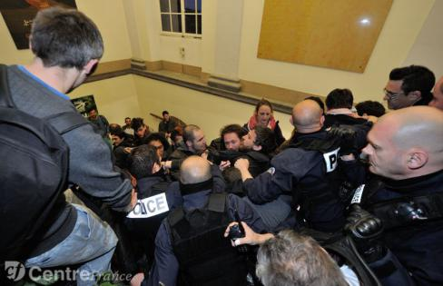 Conseil municipal de Clermont-Ferrand: La répression n'est pas la démocratie!
