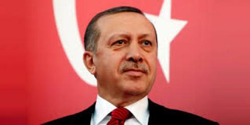 C'est à la paix au Kurdistan qu'il faut travailler (PCF)